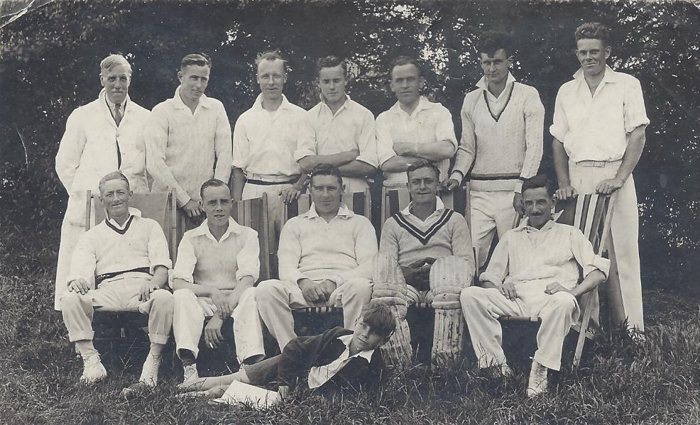 1946-Thundersley CC